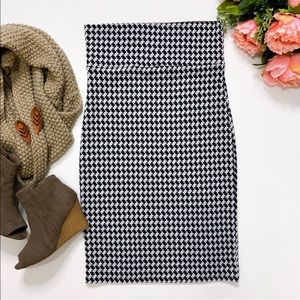 AGNES & DORA houndstooth pencil skirt black white